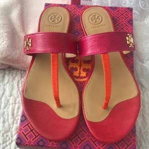 New authentic Tory Burch Kira leather sandals